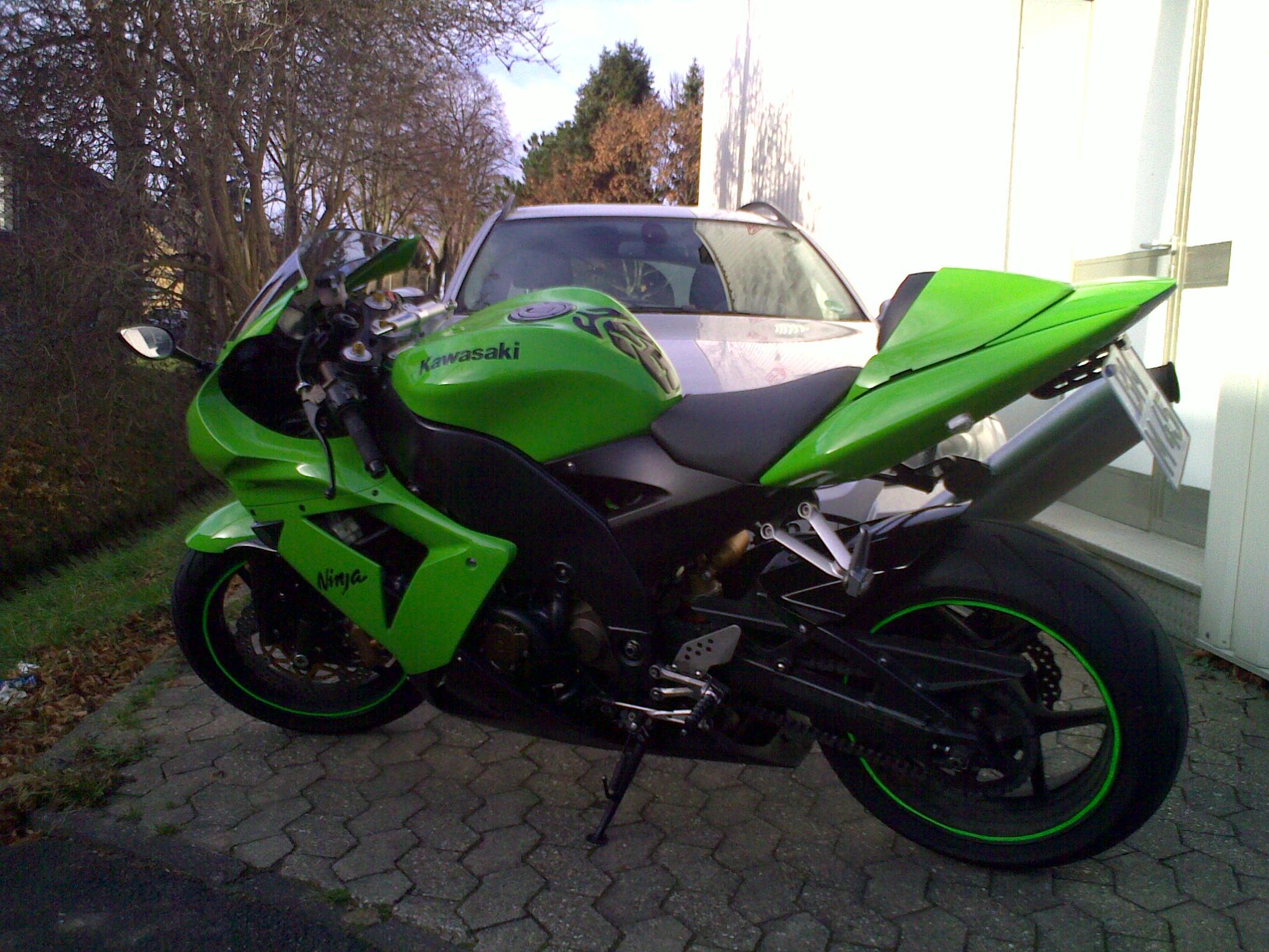 Kawasaki Ninja Zx10r Gegen Yamaha Yzf-r6 - Andere Bikes und Marken ...
