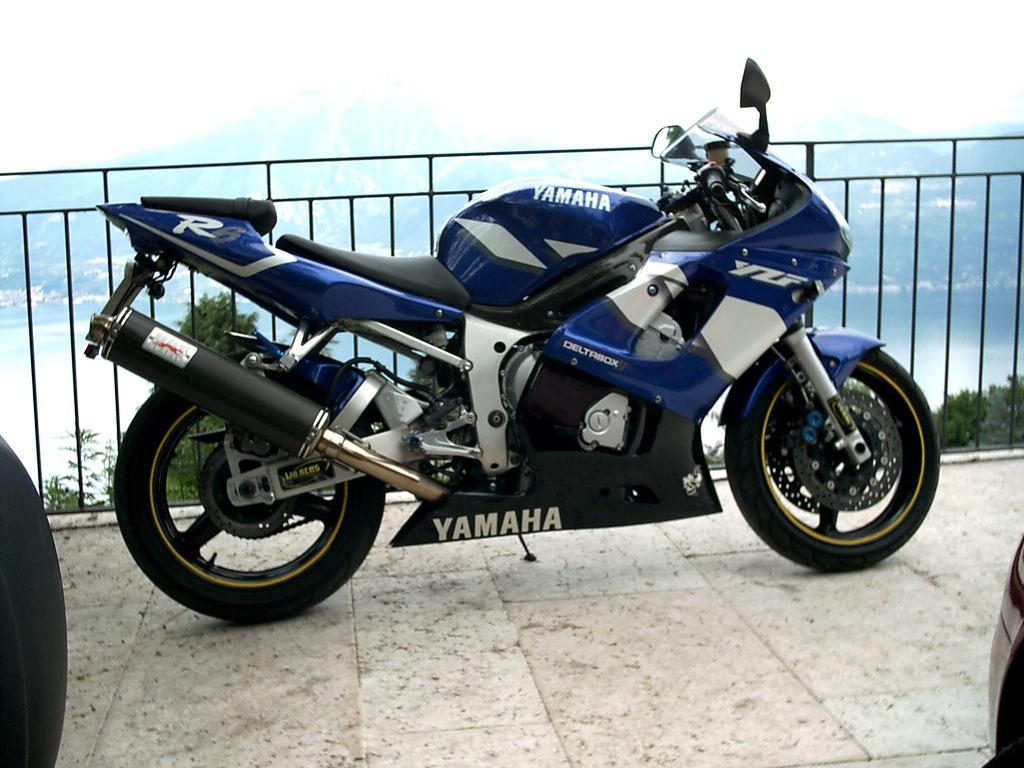 Rahmenschoner Carbon Rj03 - R6 Optik - Yamaha R6Club - größtes R6 Forum