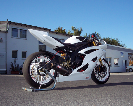 wz-yzf_r6_29092013_1.png