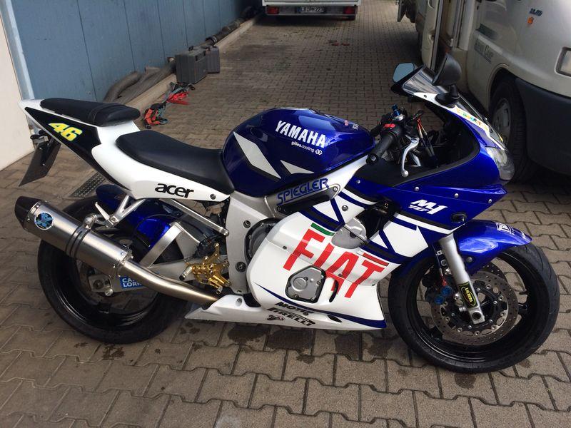 R6_Racer's Foto